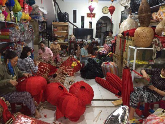 Lồng đèn Hội An đẹp rẻ tại Hà Nội