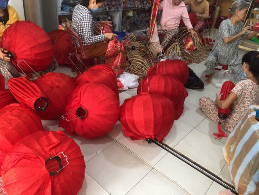 Cửa hàng đèn lồng Hội An tại Hà Nội