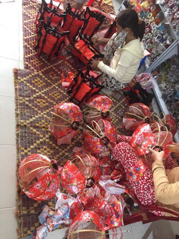 Phân biệt Lồng Đèn Việt và Lồng đèn Trung Quốc