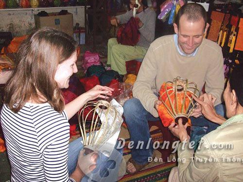 Tour học làm đèn lồng Hội An | Đèn lồng Tết